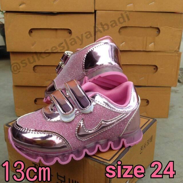 harga Sepatu fashion pink glitter untuk anak cewe / perempuan Tokopedia.com