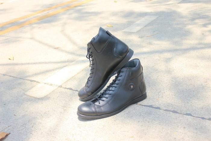 harga Sepatu barrack bally black | barrack footwear | 100% original | boots Tokopedia.com