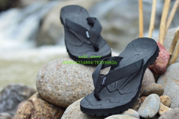 harga Sandal outdoor suzuran hitam Tokopedia.com