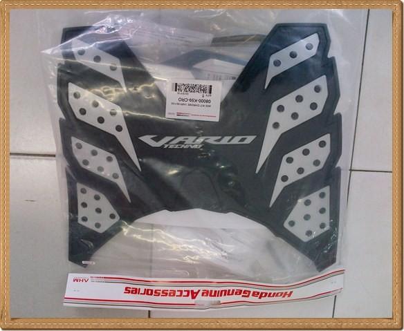harga Karpet rubber stepfloor honda vario 125 / 150 esp astra Tokopedia.com