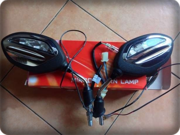 harga Spion sein led ori honda beat, spacy, vario, scoopy fi esp Tokopedia.com