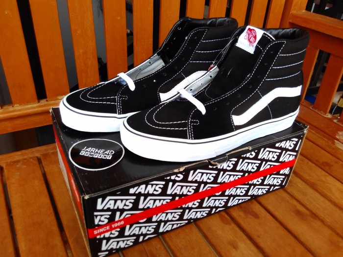 Jual Vans Sk8 Hi Black White Original - jarhead company  3a1c443d53