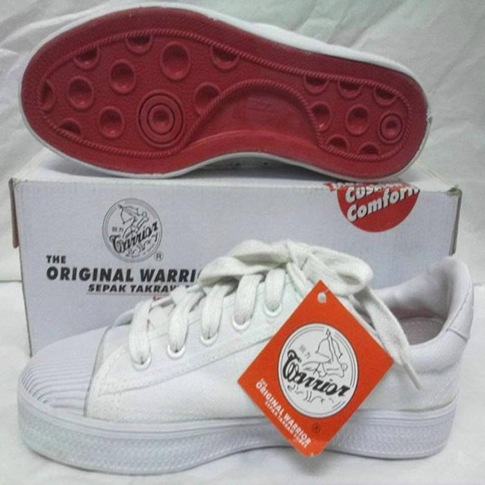 Sepatu takraw warrior tinggi harga Sepatu takraw warrior tinggi  Tokopedia.com 6cc01de7fb
