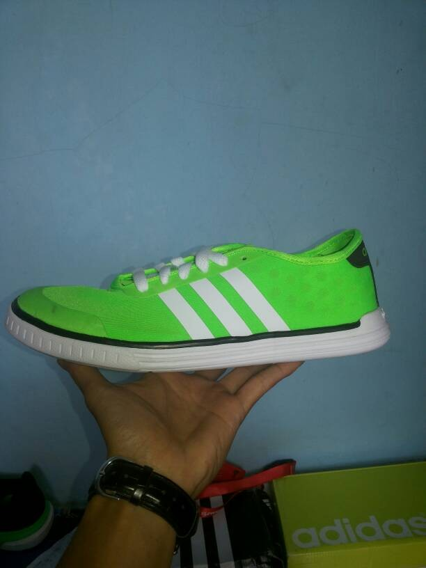 wholesale dealer 35b79 016e8 ... sale adidas neo easy tm green 688b1 b6f98