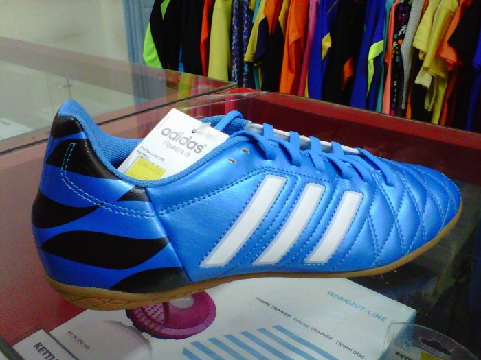 255a1838a Jual Sepatu Futsal Adidas 11 Questra IN Blue - Kota Bandung - Chioda ...