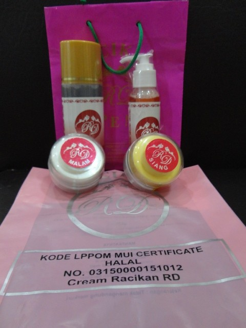 PAKET WHITENING SKIN CREAM RD (Pot Cream Isi @30 gram)