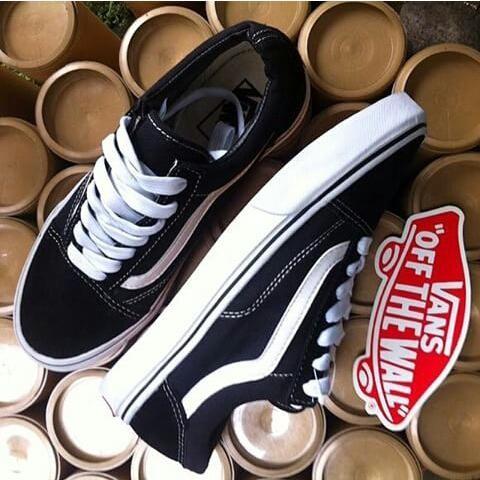 Jual ORI sepatu vans old skool black white - Toko Barang Bandung ... 614b9fa89f