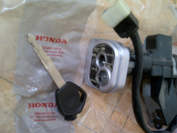 Jual Kunci Kontak set Honda Supra X 125 PGM-FI injection (original ... 081acd2b18