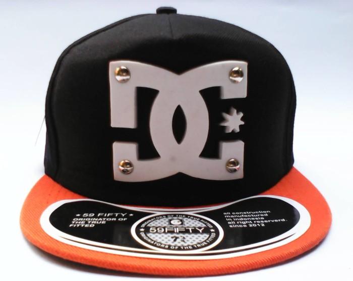 Jual topi snapback dc model terkini cocok untuk anak muda sekarang ... d44dc5cd9b