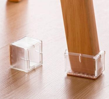 Foto Produk Set Alas Karet untuk Kaki Kursi / Meja Bentuk Kubus (5cm) (Isi 4) dari Ramayana Grosir