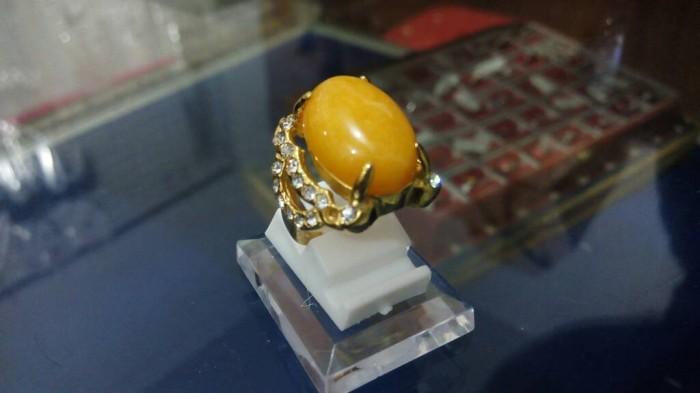 harga Cincin batu - cincin wanita batu akik kuning titanium Tokopedia.com