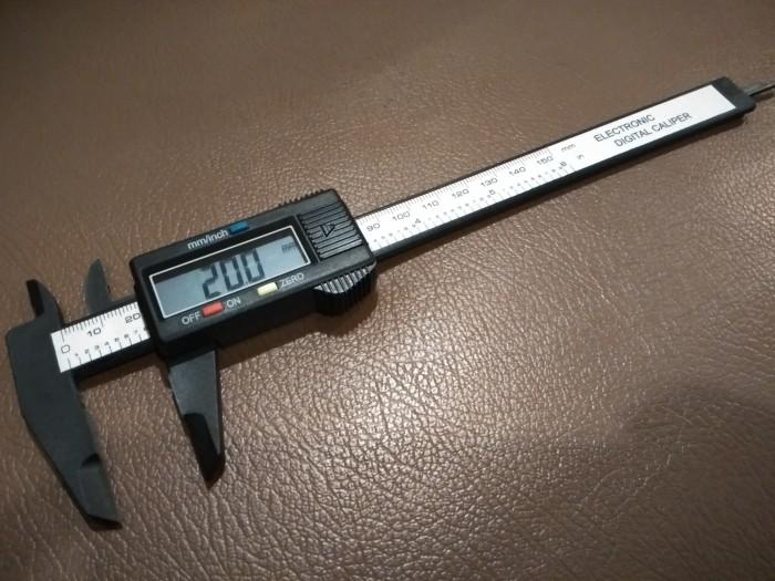 harga Jangka sorong digital (digital caliper) 150 mm Tokopedia.com