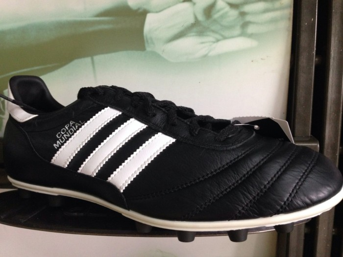 Adidas sepatu bola copa mundial fg made in germany authentic last stok 4bccf2548c