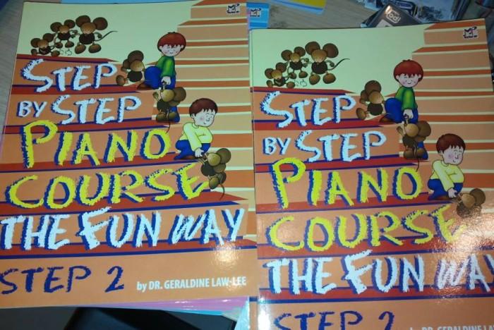 harga Step by step piano course buku piano seri 2 Tokopedia.com