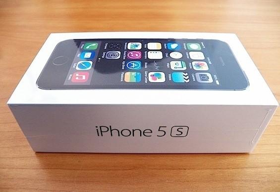 harga Apple iphone 5s 32 gb black original bergaransi Tokopedia.com