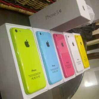 Apple iphone 5c internal 32 gb original garansi distributor 1 tahun