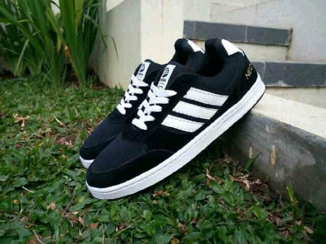 Jual Sepatu Casual Adidas Neo   Hitam putih - Distributor Sepatu BDG ... 61d7fc4f50