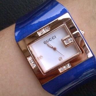 Jam Tangan Wanita Gucci Syahrini Watch Kulit Kotak Diamond Leather .