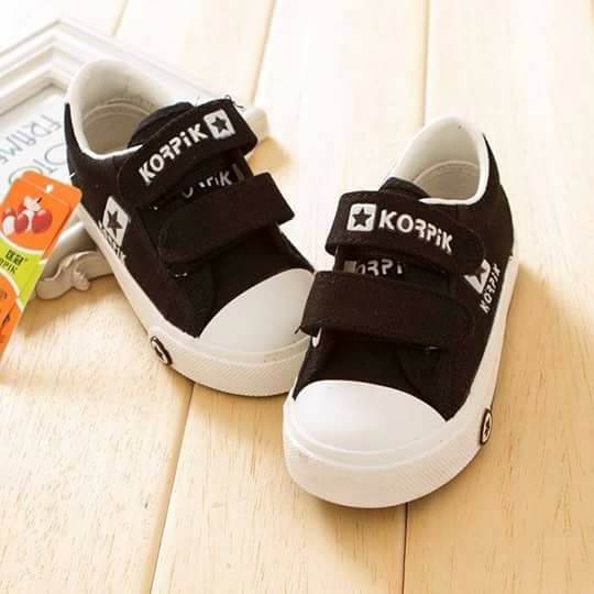 harga Sepatu anak sneaker casual canvas korpik black Tokopedia.com