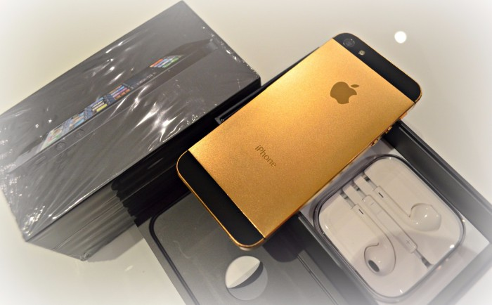 harga Apple iphone 5 16gb black gold spesial edition garansi 1 tahun Tokopedia.com