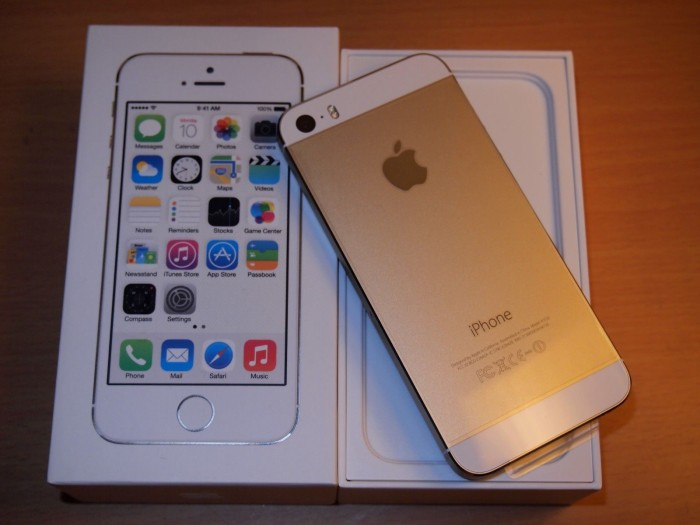 Apple iphone 5s 64gb gold original garansi distributor 1 tahun