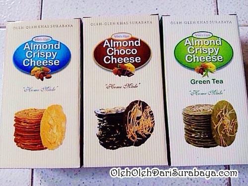 Wisata rasa almond crispy cheese