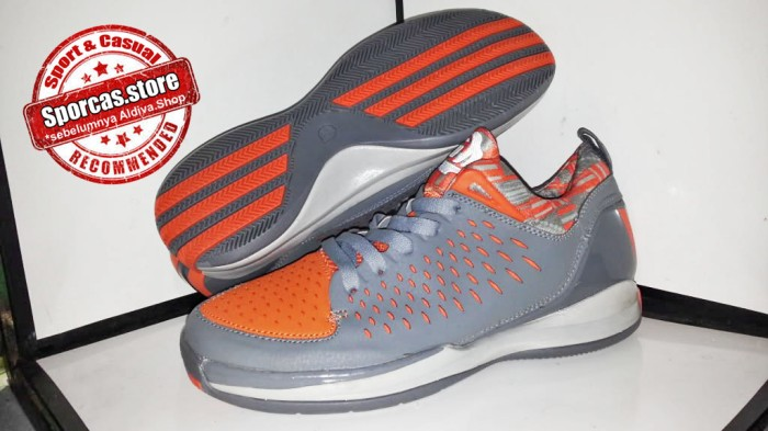 harga Sepatu basket | adidas adizero rose 3.0 low | size : 42 - 46 Tokopedia.com