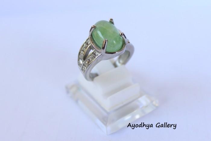 harga Cincin batu giok wanita - cincin giok hijau titanium silver Tokopedia.com