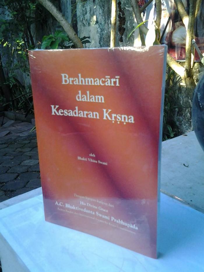 harga Brahmacari dalam kesadaran krishna Tokopedia.com