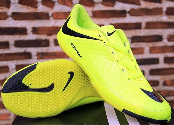 ... new zealand jual sepatu futsal nike hypervenom hijau strip hitam kw  super c35a2 6c3b5 6ecad0eb86