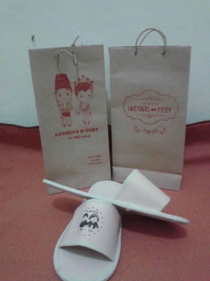 98429aa6f41b60 Jual Souvenir Pernikahan Sandal Hotel dan Paper Bag - Kota ...