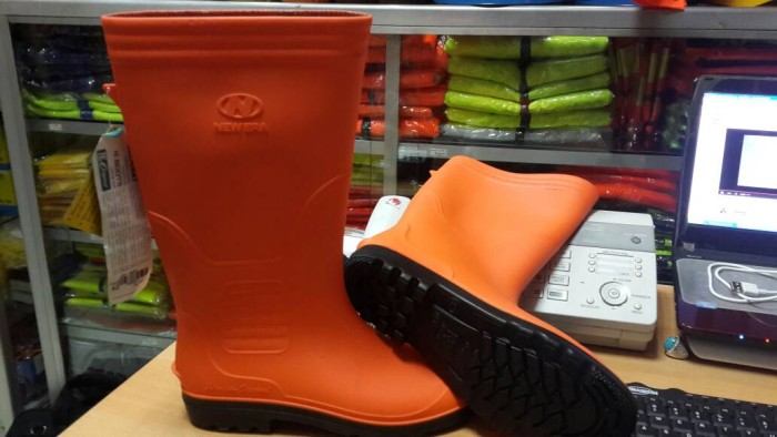 Jual Sepatu Boot Orange Oranye New Era Panjang Jakarta Pusat