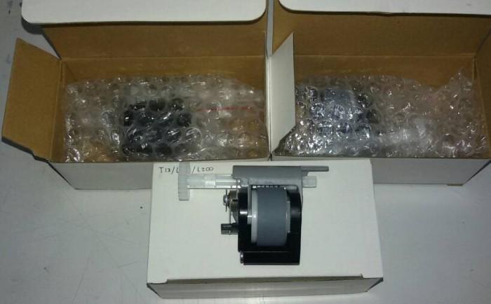 harga Pick Up Roller Epson T13 / T13x / L100 / L200 Original New Tokopedia.com