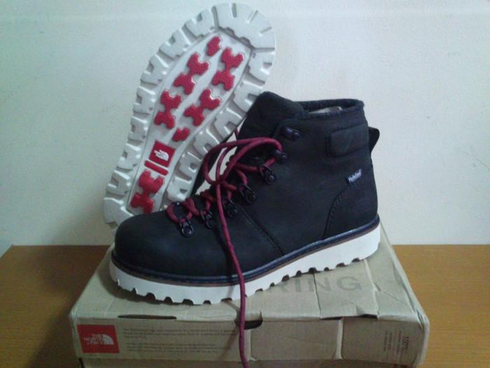 c28da18f1 Jual Sepatu The North Face (TNF) Ballard 6 Boots Men (Original) - Kab.  Cianjur - NEO MOVIE T-SHIRT | Tokopedia