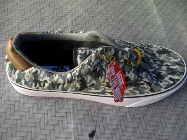 Jual Sepatu Vans Loreng Terbaru - KIA Shoes Shop  49766f64ae