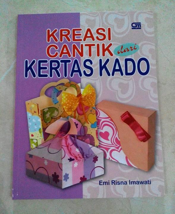 Jual Buku Kerajinan Ketrampilan Kreasi Cantik dr Kertas Kado ... dff9e3d746