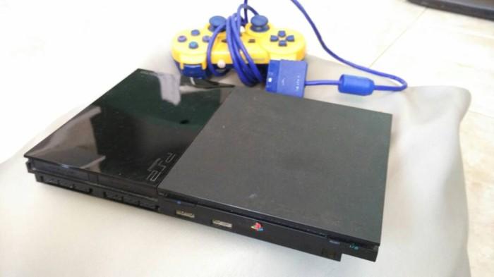 sony playstation 2 slim. sony playstation 2 slim scph-9006, second