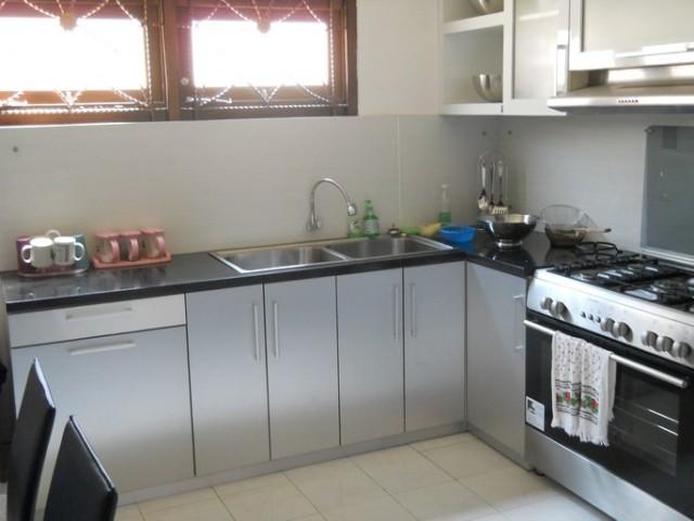 Jual kitchen set aluminium stainless steel semarang for Biaya kitchen set per meter