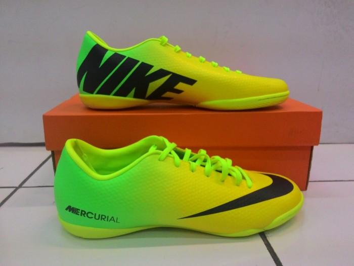 43b619b61a Jual Sepatu Futsal Nike Mercurial Victory IV IC - Kab. Tangerang ...