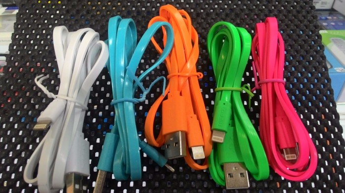 KABEL DATA HIPPO CABY LIGHTNING IPHONE 5 / 5S / 6 / IPAD MINI