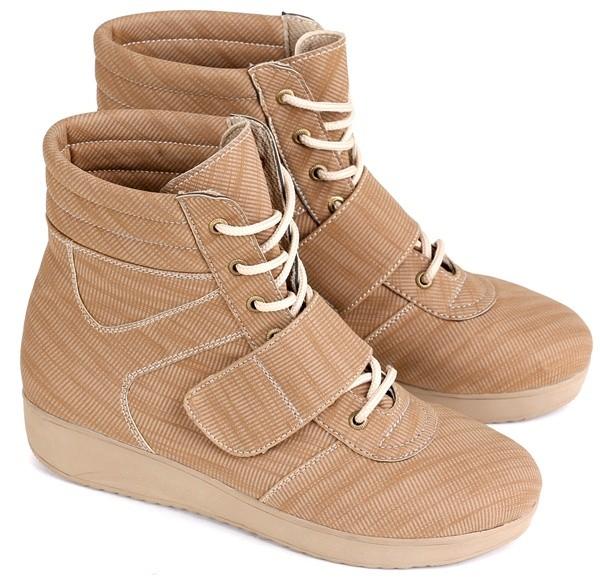Kelebihan Sepatu Wanita Boots E Pasir Putih Dan Harga Spesifikasi Source · sepatu boot wanita boots