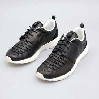 low priced 4eb43 7340b Nike Rosherun NM Woven Leather - Black k White