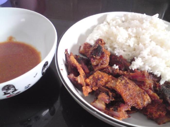 harga Babi panggang 3/4 kg bangka /bapang/sau cu /sau cu nyuk merk hauce !!! Tokopedia.com