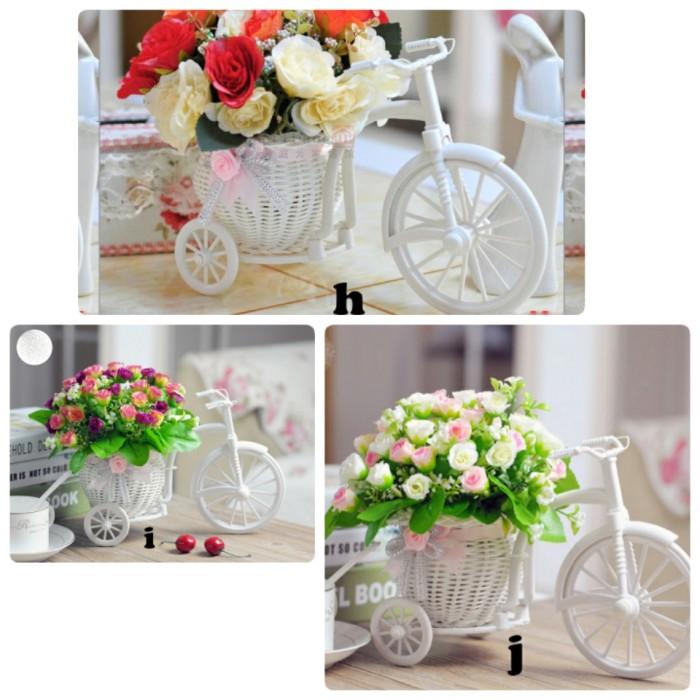 Jual sepeda vas rotan + bunga hiasangan pajangan shabby chic vintage ... 136bcff3b4