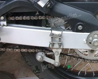 harga Stabilizer | tensioner | penahan rantai motor grip baut ganda - rpm Tokopedia.com