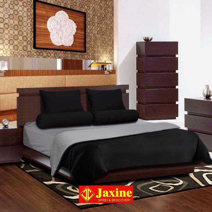 Bedcover Set Jaxine Polos Katun Prada Abu-abu Hitam ( 160x200x20cm )