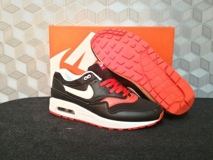 Sepatu running nike airmax 1 black red / sepatu style / sepatu casual