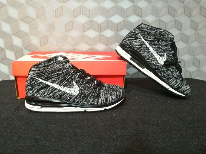 Sepatu running nike lunarmax flyknit chukka black / style / casual