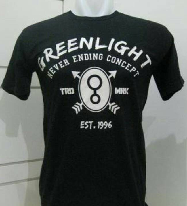 tshirt/t shirt/kaos green light (black)