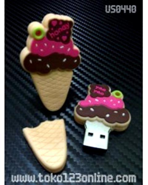 harga 2225 usb flashdisk unik boneka karakter lucu ice cream cone strawberry Tokopedia.com